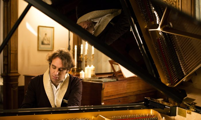 """Toronto-raised Chilly Gonzales has been on a mission to make classical music more accessible, and it continues with the release this week of """"Chambers,"""" which uses piano and strings to sketch links between Romantic-era chamber music and modern pop. (The Canadian Press/HO-Alexandre Isard)"""