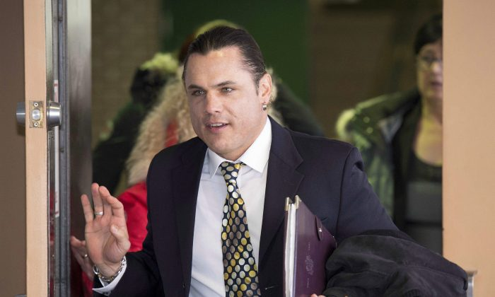 Suspended senator Patrick Brazeau returns to the Gatineau Courthouse on March 23, 2015, following a break during his trial for allegations of assault and sexual assault from an incident in 2013. (The Canadian Press/Justin Tang)