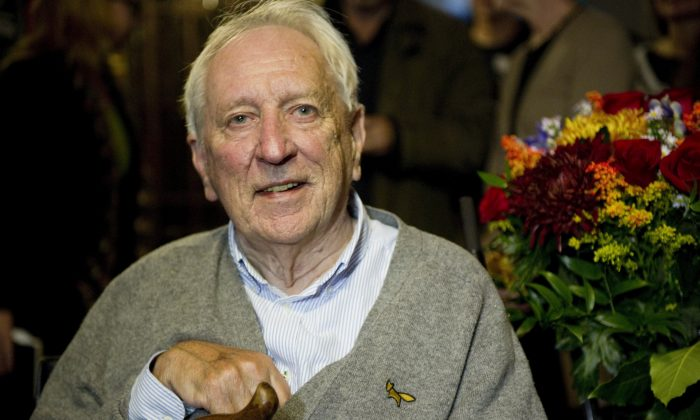 Swedish poet Tomas Transtroemer has died. (FREDRIK SANDBERG/AFP/Getty Images)