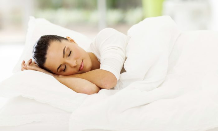 You can do a lot while you sleep. (michaeljung/iStock/Thinkstock)