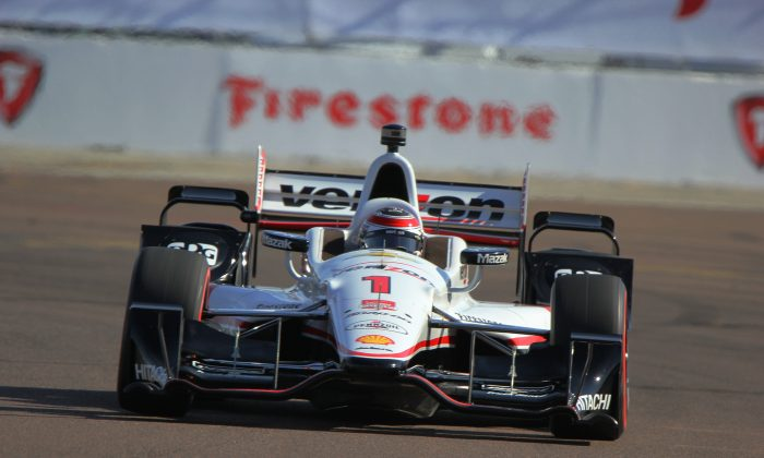 Penske's Will power set a new track record while capturing his fifth pole at the IndyCar St. Pete Grand Prix in six years.  (Chris Jasurek/Epoch Times)