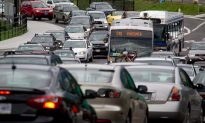 Rush Hour Traffic Doubles Commuters' Travel Time: Report