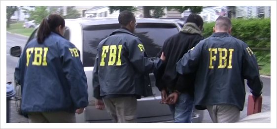 FBI arresting alleged gang member in New York. (Courtesy FBI)