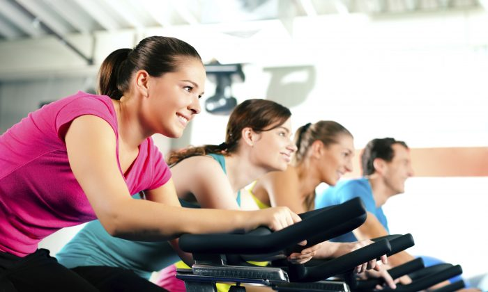 Aerobic exercise appears to be a particularly effective way to lose belly fat. (Kzenon/istock)