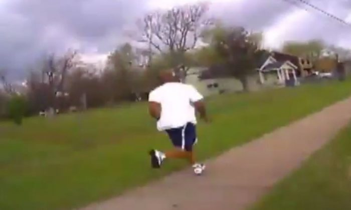 A screenshot shows the chase. (Tulsa Police)