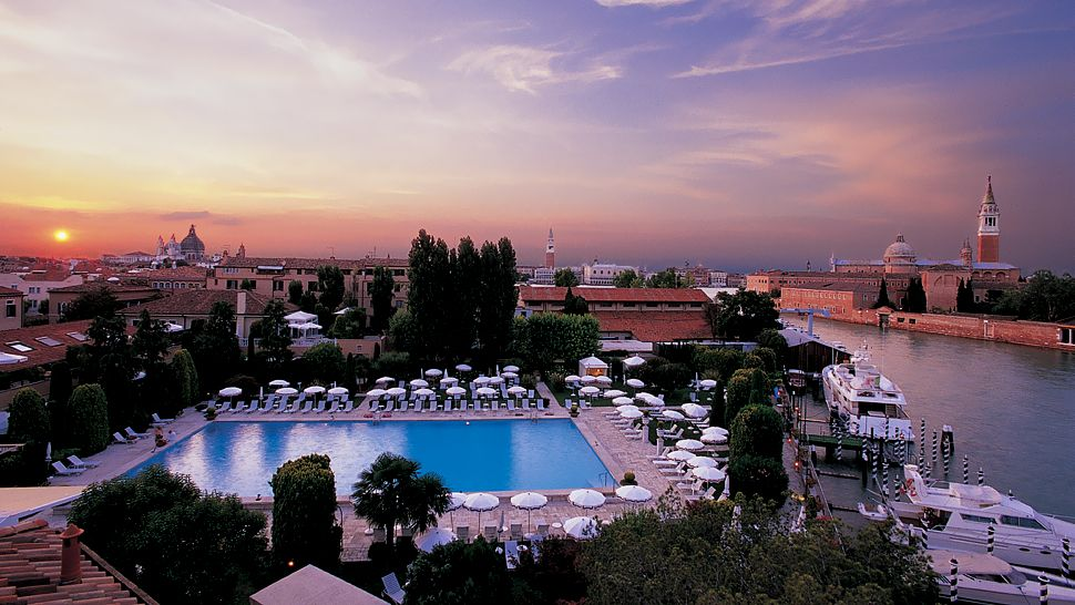 The pool of the Belmond Hotel Cipriani in Venice is rated one of the most luxurious in Italy. (Belmond)