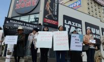 Hundreds Protest 'Bodies Revealed' Exhibit of Plastinated Corpses in Niagara