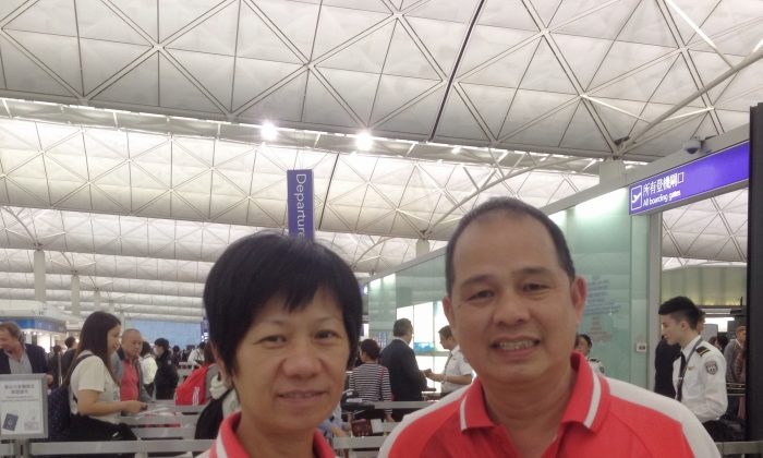 Hong Kong bowlers Celena Kwok (left) and Stephen Chan when they departed for Australia to participate in the 11th World Cup Singles Championship on April 10, 2015. They faced a formidable task with thirty seven elite bowlers from 21 countries taking part in the event from April 15-23. (Herbert Kwok)