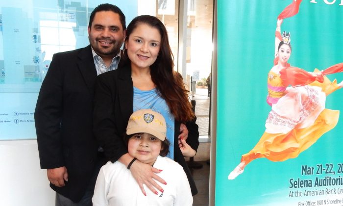 Shen Yun 'Enjoyable for the Whole Family'