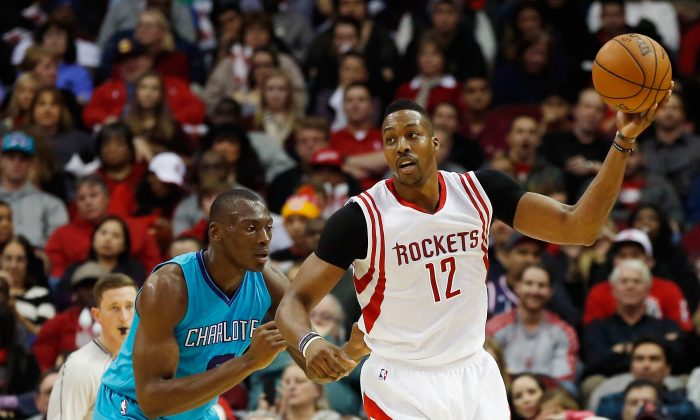 Dwight Howard of the Houston Rockets put up 28 points, 12 rebounds, and 2 blocked shots in a 111–99 win over Dallas Tuesday night while playing his most minutes since January. (Scott Halleran/Getty Images)
