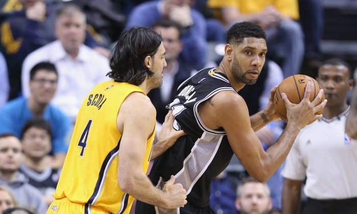 Tim Duncan of the San Antonio Spurs is looking to win his sixth NBA title this summer. (Andy Lyons/Getty Images)