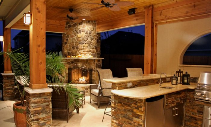 One of the most exciting aspects of building an outdoor kitchen is actually designing and furnishing it. (eieihome.com)