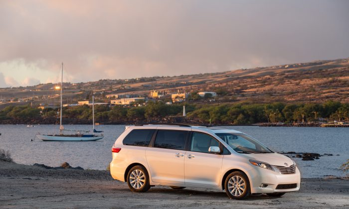2015 Toyota Sienna (Courtesy of Toyota)
