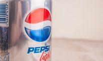 Woman Claims Aspartame Made Her Sick for Years