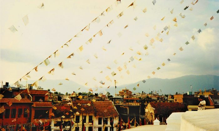 Prayer flags in Kathmandu, Nepal. (Sarah Tzinieris/Flickr, CC BY 2.0)
