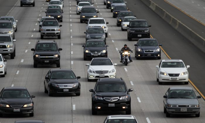 Morning traffic fills the SR2 freeway on April 25, 2013, in Los Angeles, Calif. Los Angeles is ranked as the worst in the nation for ozone pollution. (David McNew/Getty Images) Tags