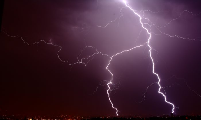 Lightning storm in Prague in 2011. (Petr Svab/Epoch Times)