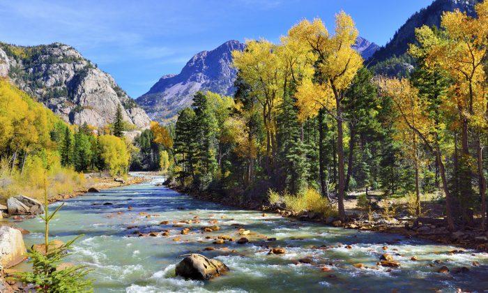 mountain river and Colourful mountains of Colorado (AlexeyKamenskiy, iStock)