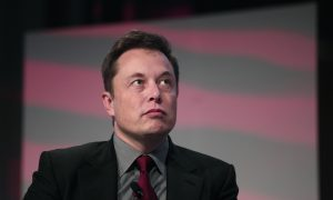 Why Elon Musk Is a Salesman First, Engineer Second