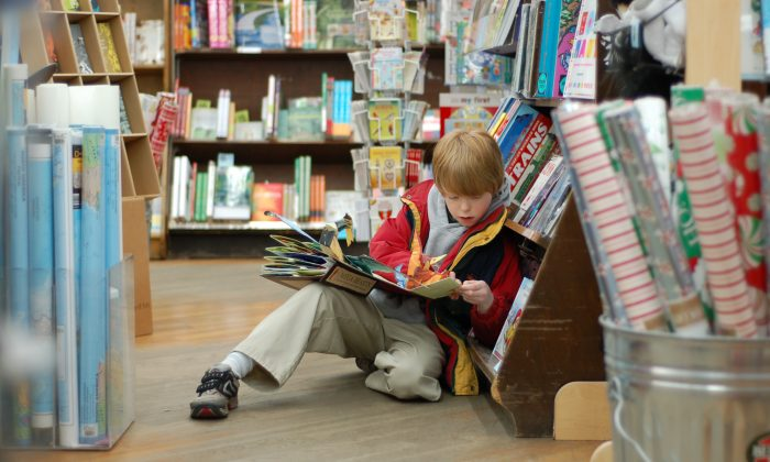 More than 75 percent of students who were allowed to select at least some of their books maintained or improved their reading levels. (Tim Pierce/Flickr, CC BY 2.0)