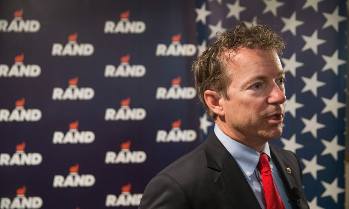 Senator Rand Paul (R-KY)  waits to speak to guests during a campaign stop at the American Legion Hall  in  Vinton, Iowa.  (Scott Olson/Getty Images)