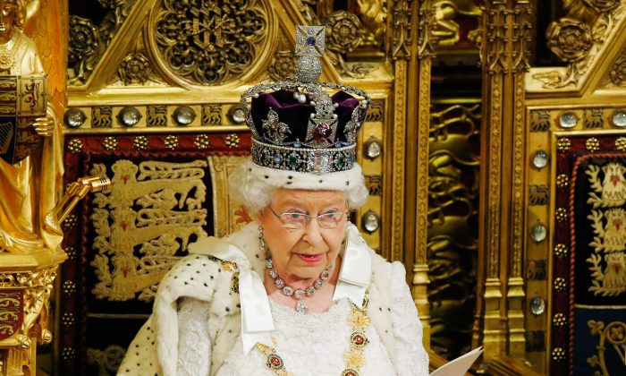 Queen Elizabeth II delivers the Queen's Speech to the House of Lords in the Palace of Westminster during the State Opening of Parliament on May 27, 2015 in London, England. (Alastair Grant/WPA Pool/Getty Images)