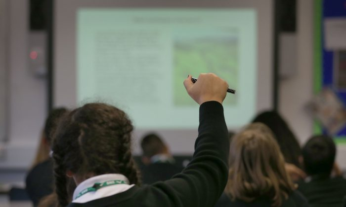 Canada's math teachers need to shift their focus away from discovery-based learning and move back toward traditional methods, a new report suggests. (Peter Macdiarmid/Getty Images)