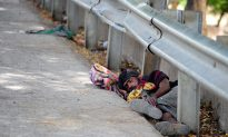 India's Poor Live and Die on the Streets; No Escape From Deadly Heat Wave