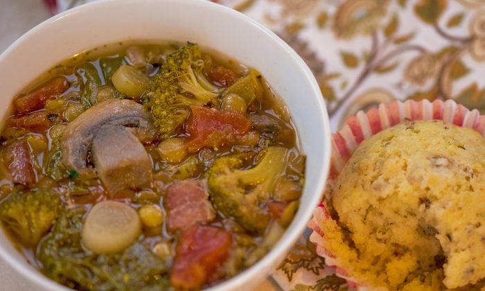 Midwest Lentil Soup (Cat Rooney/EpochTimes)