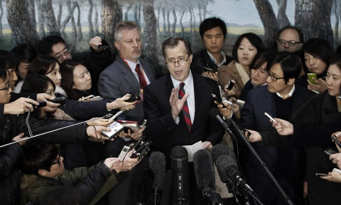 U.S. envoy to North Korea Glyn Davies speaks after meeting with South Korea's nuclear envoy Lim Sung-nam at the Foreign Ministry in Seoul, South Korea, Thursday, Jan. 24, 2013. The North Korean military commission led by leader Kim Jong Un warned Thursday that the regime is poised to conduct a nuclear test in defiance of U.N. punishment, and made clear that its long-range rockets are designed to carry not only satellites but also warheads aimed at striking the United States. (AP Photo/Ahn Young-joon)