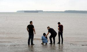 More Than 360 Still Missing in Yangtze Boat Disaster