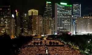 In Hong Kong, Tens of Thousands Remember Tiananmen Massacre