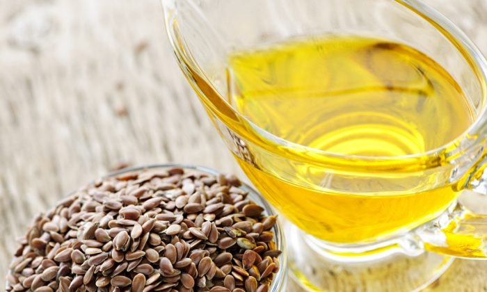 Researchers now believe flax seed oil has the same coronary disease-fighting benefits as fish oil. (Olgaman/photos.com)