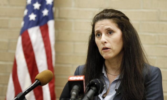 Jane Bishkin, the Dallas County Police Officer's Association attorney who represents former McKinney Officer David Eric Casebolt speaks during a news conference, Wednesday, June 10, 2015, in Dallas.  (AP Photo/Tony Gutierrez)