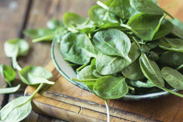 (Spinach by Lecic via iStock)
