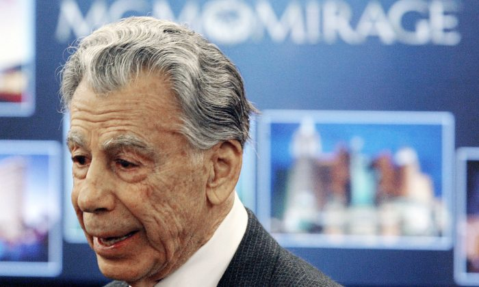 Kirk Kerkorian, majority shareholder of MGM Mirage, speaks to the media at the Nevada Gaming Control Board hearing in Las Vegas. Kerkorian, an eighth-grade dropout who built Las Vegas' biggest hotels, tried to take over Chrysler and bought and sold MGM at a profit three times, died Monday, June 15, 2015.  (Joe Cavaretta)