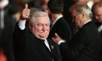 Nothing Can Stop China's Quit Communism 'Tsunami,' Says Former Polish President Lech Walesa