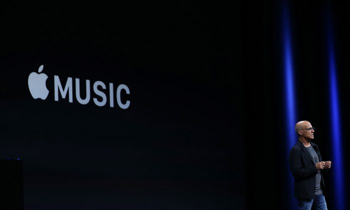 Jimmy Iovine announces Apple Music during Apple WWDC on June 8, 2015 in San Francisco, California. Apple's annual developers conference runs through June 12. (Justin Sullivan/Getty Images)
