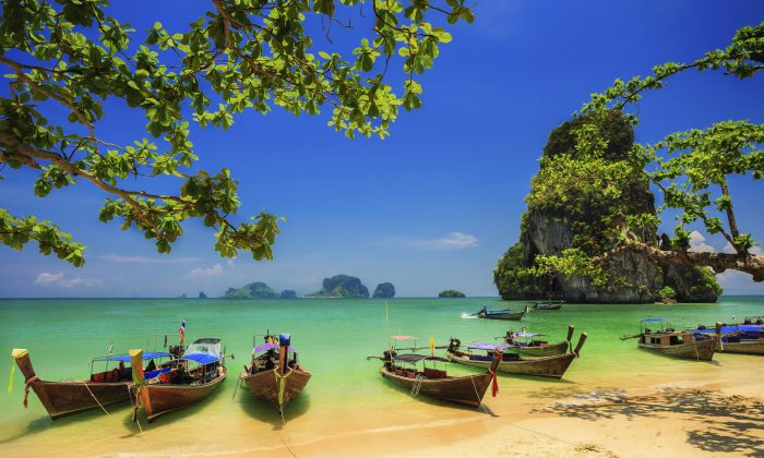 Traditional longtail boats (iStock)