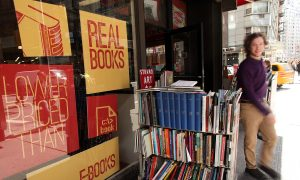This Chrome App Is Trying to Save Indie Bookstores From Amazon