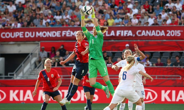 England's Karen Bardsley snags a ball while under pressure in FIFA Women's World Cup action against Norway at Lansdowne Stadium on June 22, 2015 in Ottawa. Bardsley was chosen as player of the match. (Francois Laplante/FreestylePhoto/Getty Images)