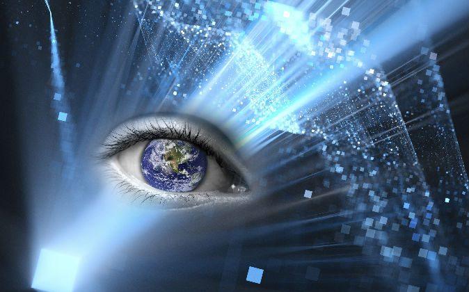 Eye reflecting image of the world (Delpixart/iStock) Background: (Sakkmesterke/iStock)