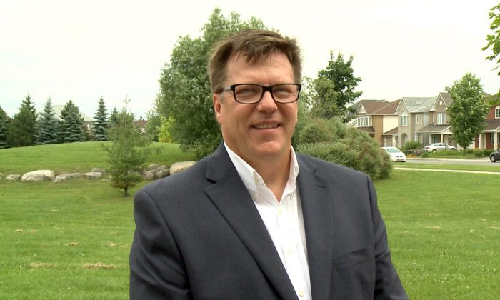 Michel Juneau-Katsuya, former Asia-Pacific bureau chief for the Canadian Security Intelligence Service, in Ottawa on June 23, 2015. Juneau-Katsuya says warnings from the national intelligence agency about agents of influence shouldn't be taken lightly. (NTD Television)