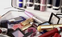 Are You Using Toxic Beauty Products? 4 Ways to Protect Yourself