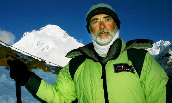 Pierre Maina in Tibet. (Danish Cho Yoyu 2006)