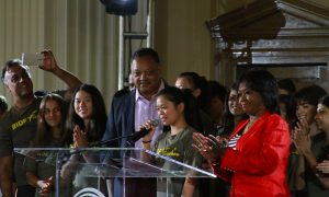 Rev. Jesse Jackson Praises Teens Making 3,000-Mile Ride2Freedom