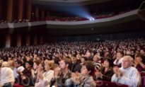 Shen Yun Dazzles a Sold-Out Audience in Houston