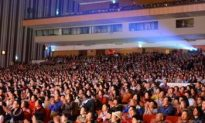 Folklore Museum Deputy Curator: Shen Yun Orchestra 'Soft and touching'