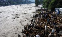 Pakistan Floods Kill at Least 430, Over 1 Million Affected