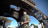 Fake Bomb Blocks Trains in Paris